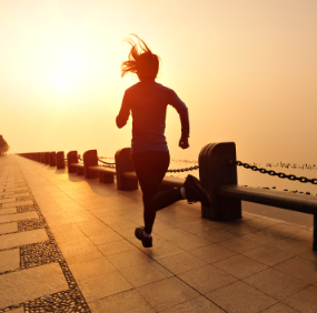 Self-identity processes in adult female running enthusiasts and their impact on self-esteem and consumption behaviour.